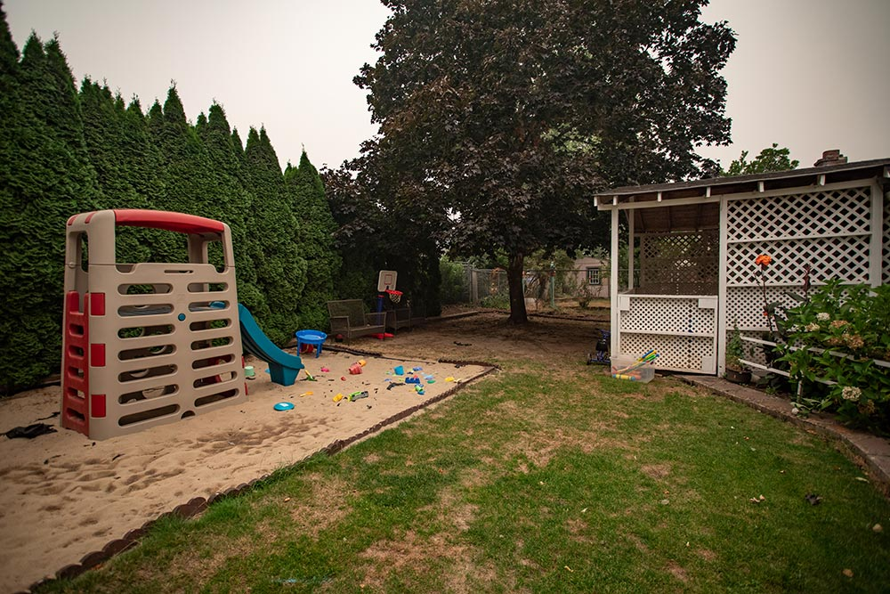 Abuela's Daycare Aprendiendo y Jugando playground