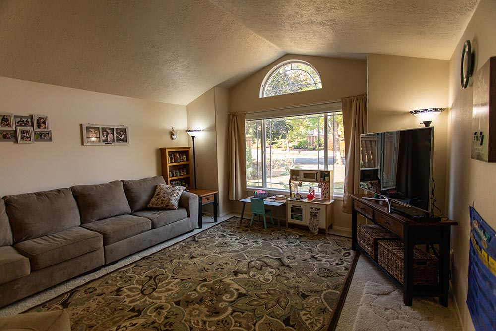 Little Smiles Preschool living room with television