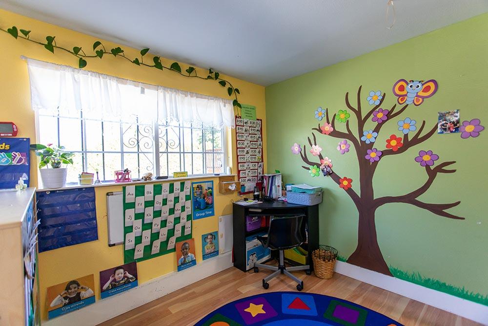 Mary's Guarderia y Preescolar learning corner