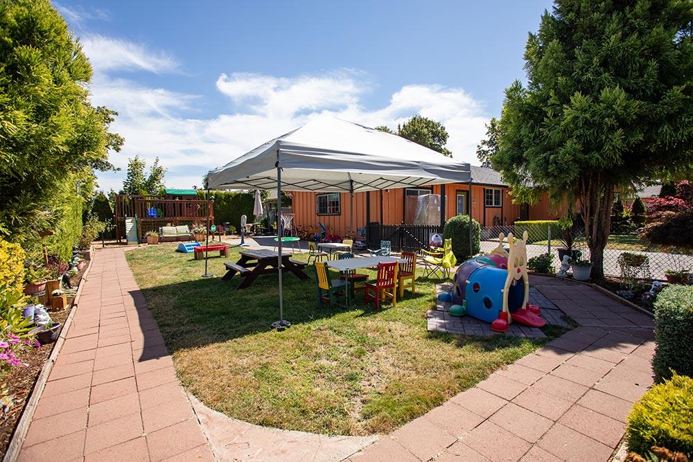 Mary's Guarderia y Preescolar play yard