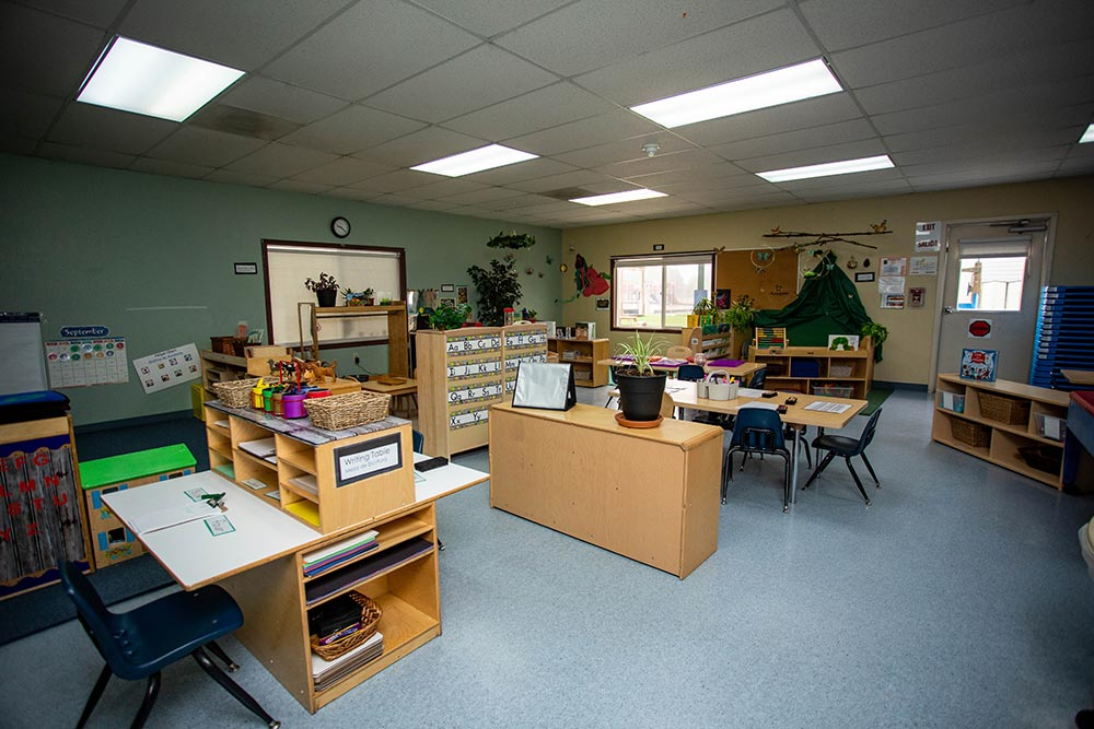 Oregon Child Development Coalition classroom with desks
