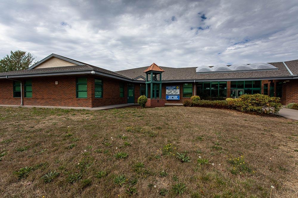 Salem-Keizer School Clear Lake building