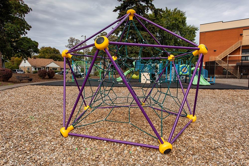 Salem-Keizer School Richmond playground climbing hexagon