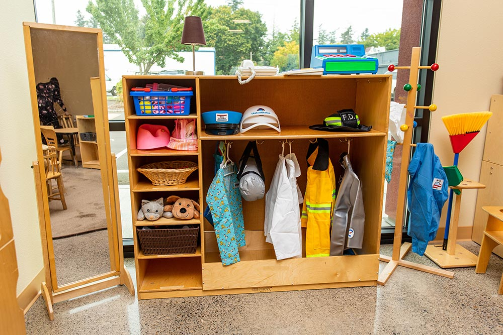 Salem-Keizer School Seymour Center dress up costumes and mirror